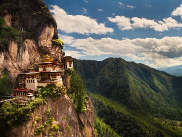 Taktsang-Palphug-Buddhist-Monastery-Bhutan